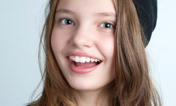 ortodoncia invisible Invisalign Teen - Clínica dental Denia Doctoras Gandía