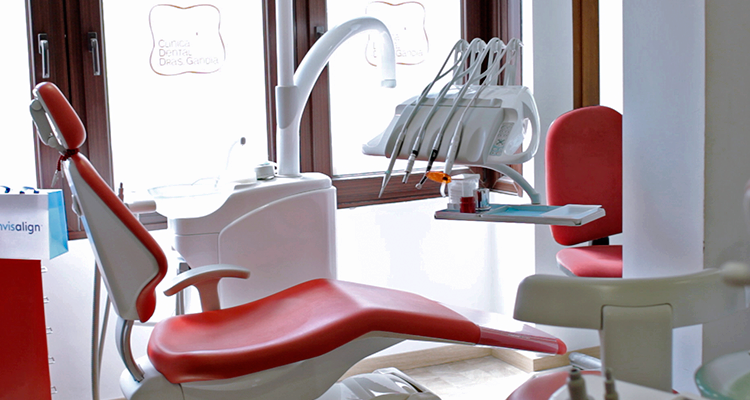 dentista en Denia - Clínica dental Denia Doctoras Gandía